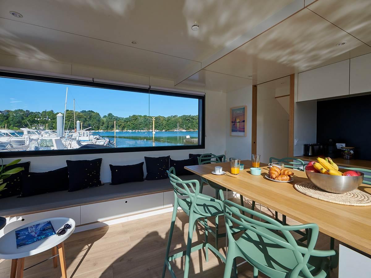 Lodge boat Lorient  espace cuisine