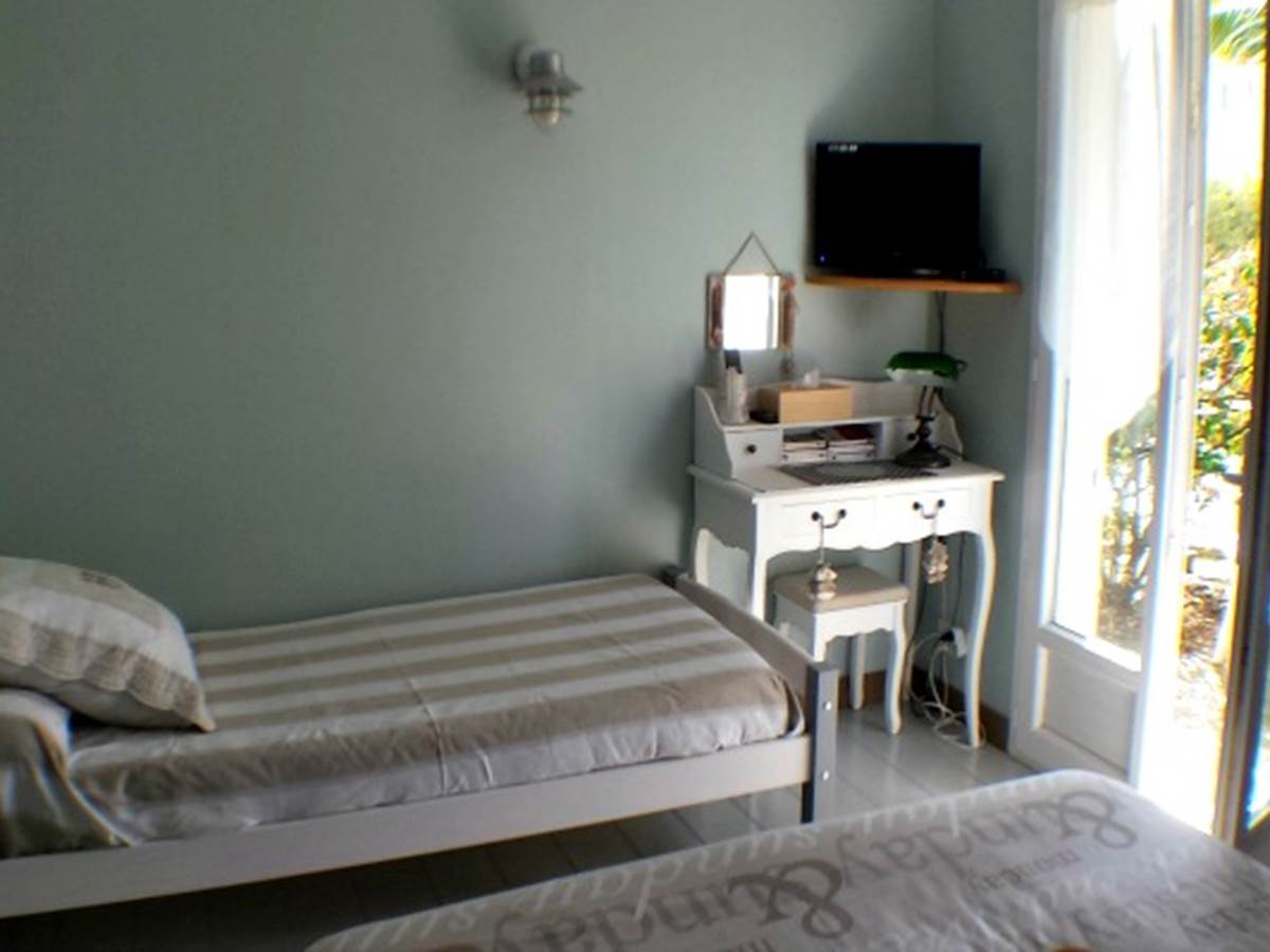 Chambre Ecume - Lit 90 - Accès terrasse privative
