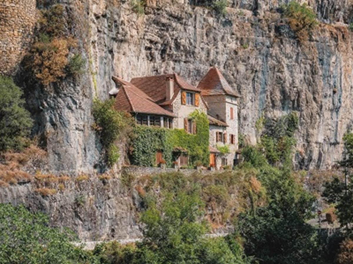 Maison troglodyte à Cabrerets Lot Tourisme- Teddy Verneuil 191014-151033