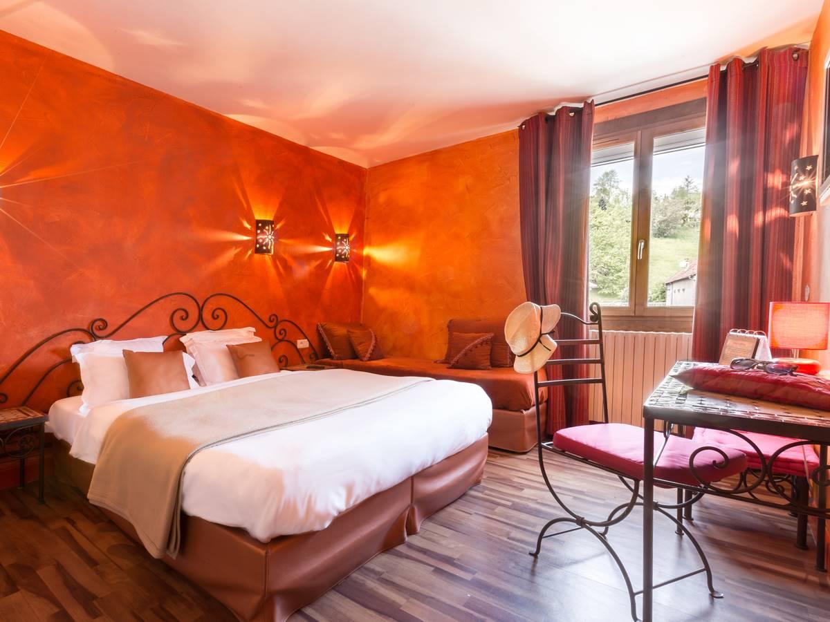Chambre Confort Logis Hotel Relais de Vellinus Beaulieu-sur-Dordogne Vallée Dordogne