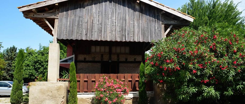 """Gîte """"Le Quai"""" – VAUVERT – location Gard"""