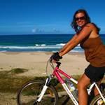 vélo-bord plage-sport-les villas de Sainte Marie-Madagascar
