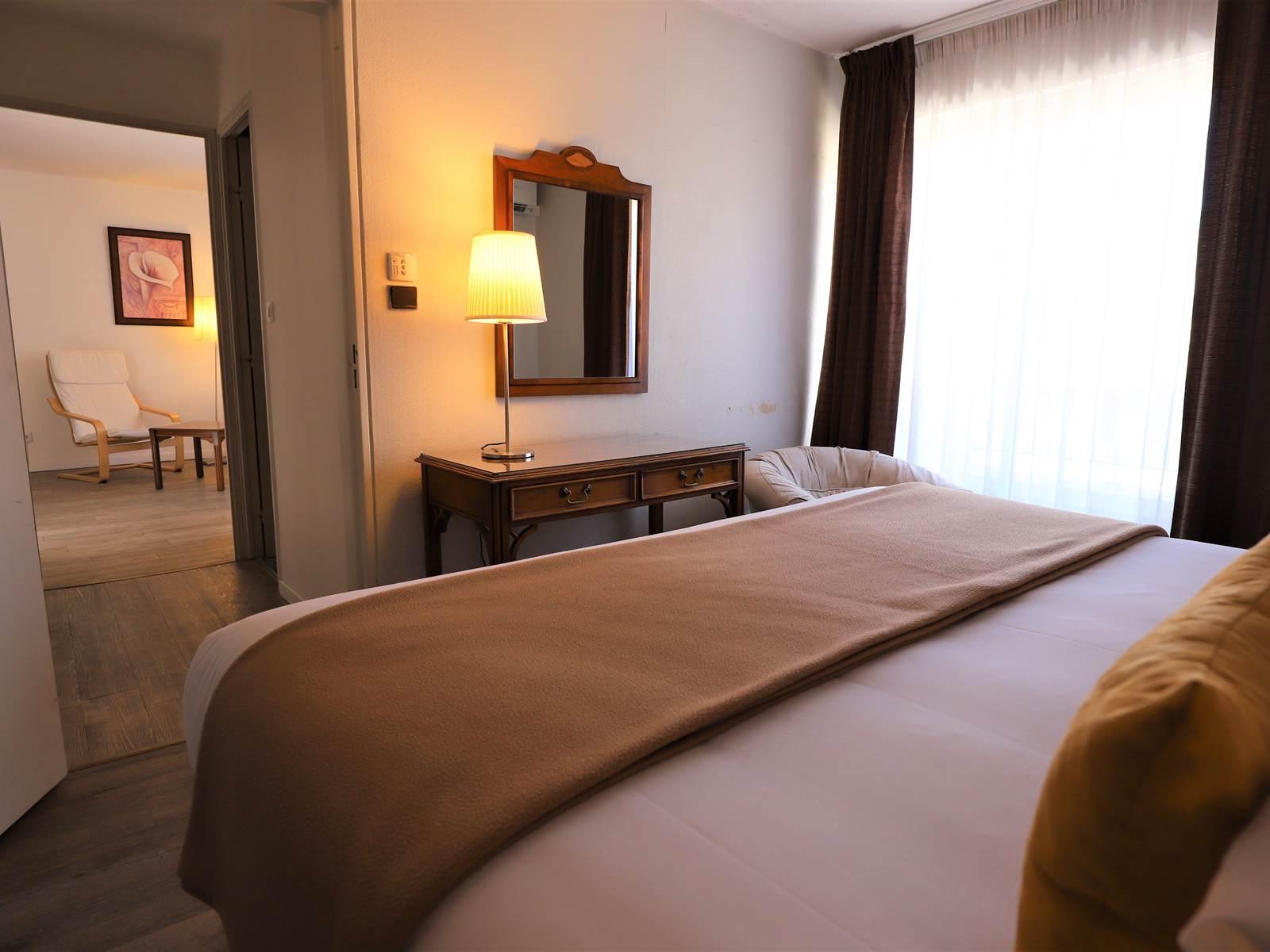 L'Hôtel des Tuileries Nîmes est ouvert pendant le confinement avec un protocole sanitaire renforcé
