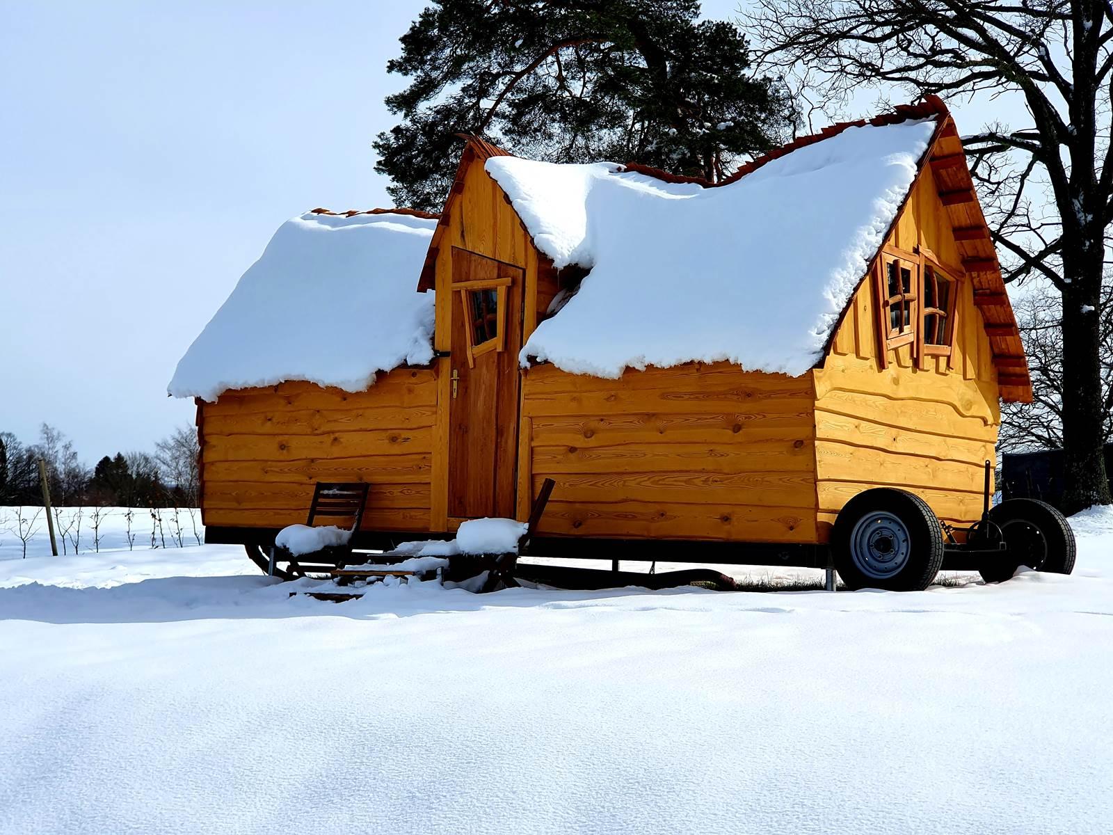 Tiny House au Refuges du Chalet, Glamping du Chalet Suisse à Balmoral Spa Jalhay