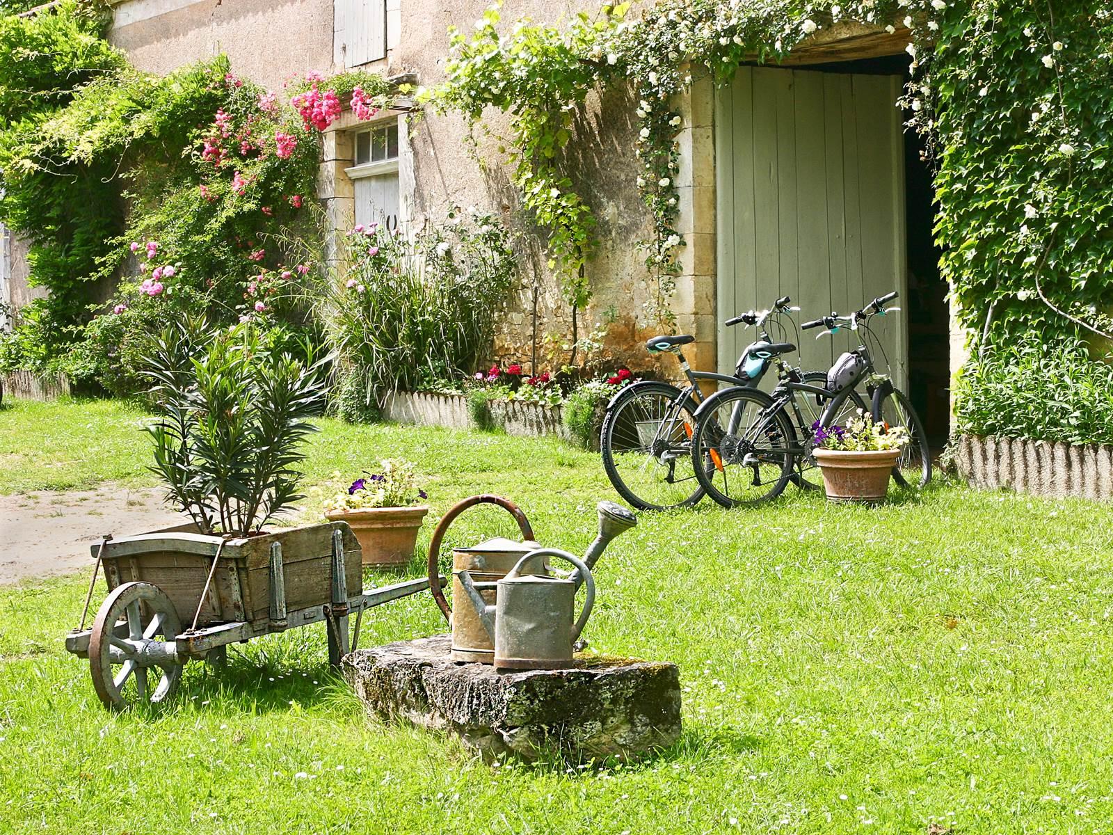 Des vélos pour adultes sont mis à votre disposition gratuitement