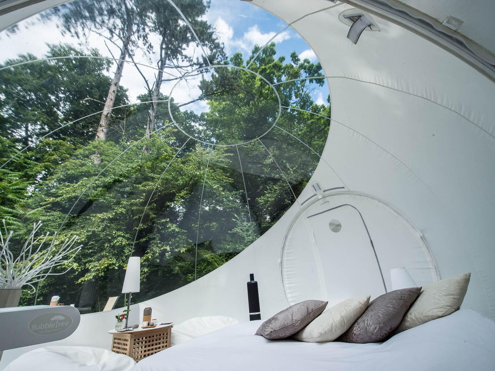 hébergement insolite  Vue d'une bulle