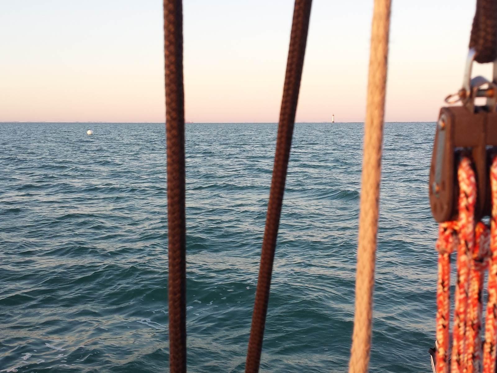 océan lumière du matin et pataras