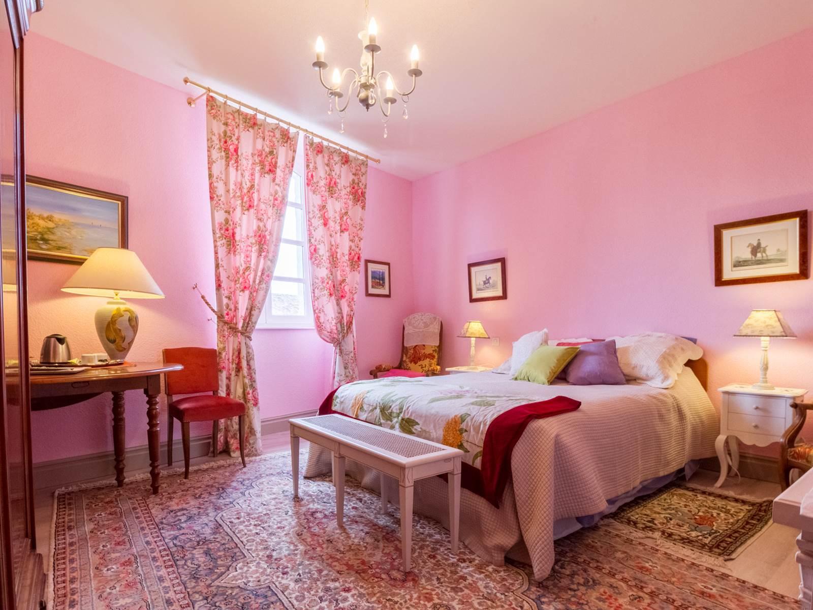 Saint Roch chambre rose.jpg