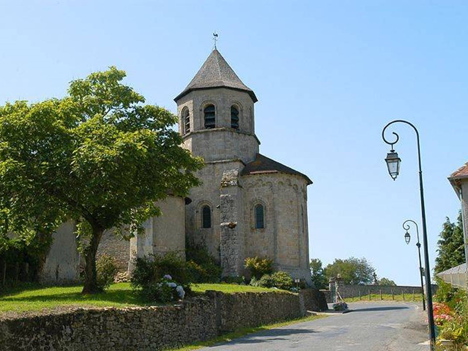eglise Ladignac