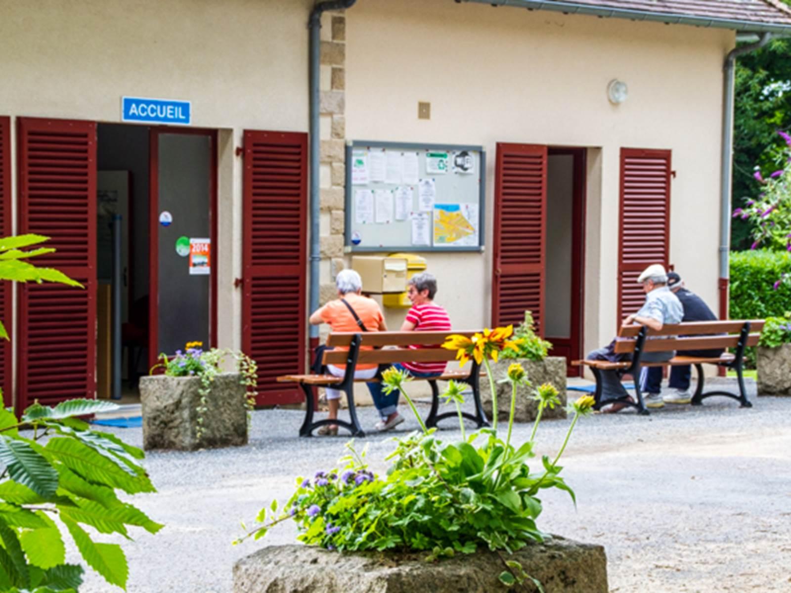 Camping de la lande Nexon en Limousin, l'accueil.