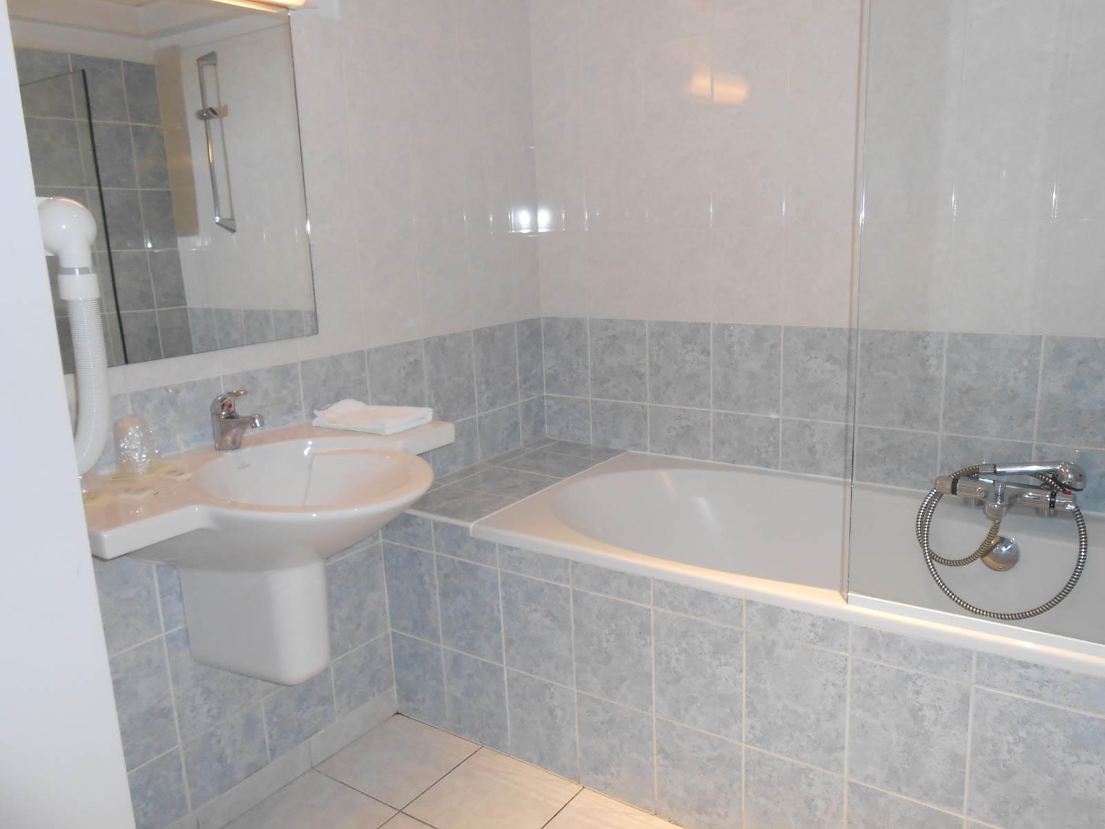 photo salle de bain le-tout-va-bien