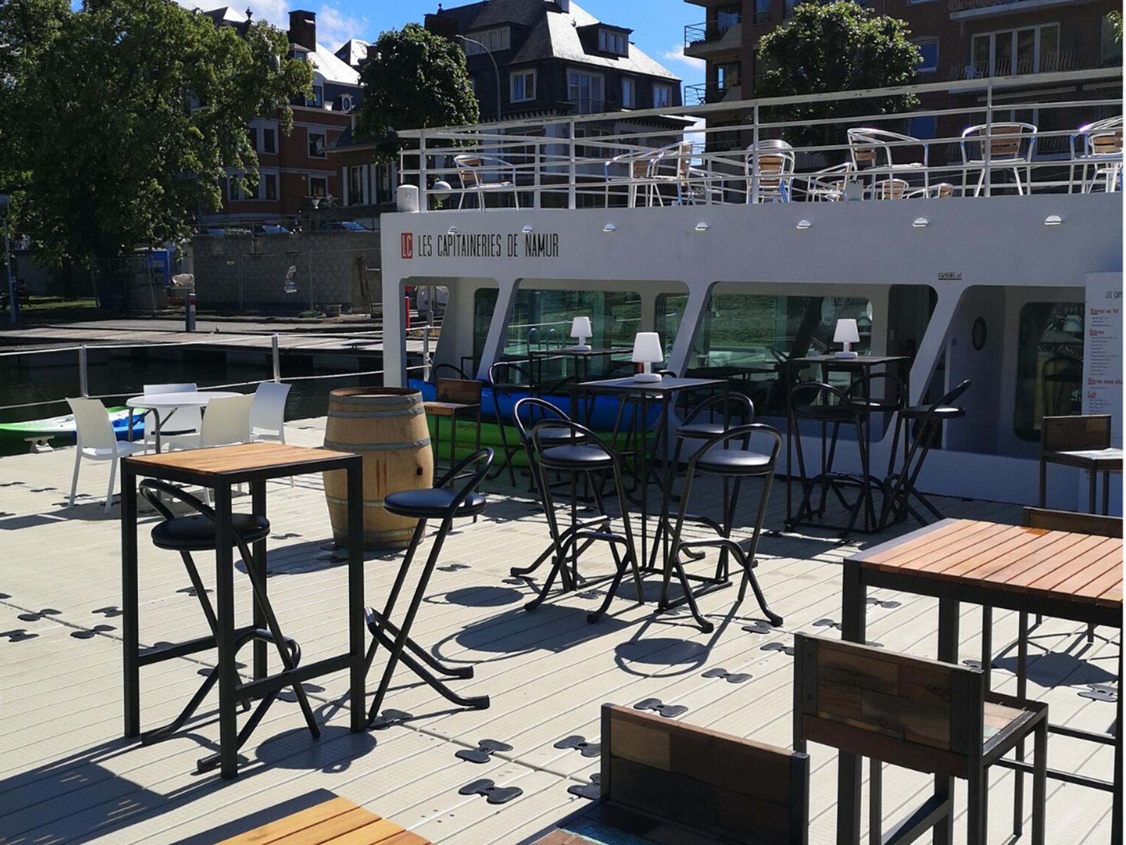 Terrasse flottante - Les Capitaineries de Namur