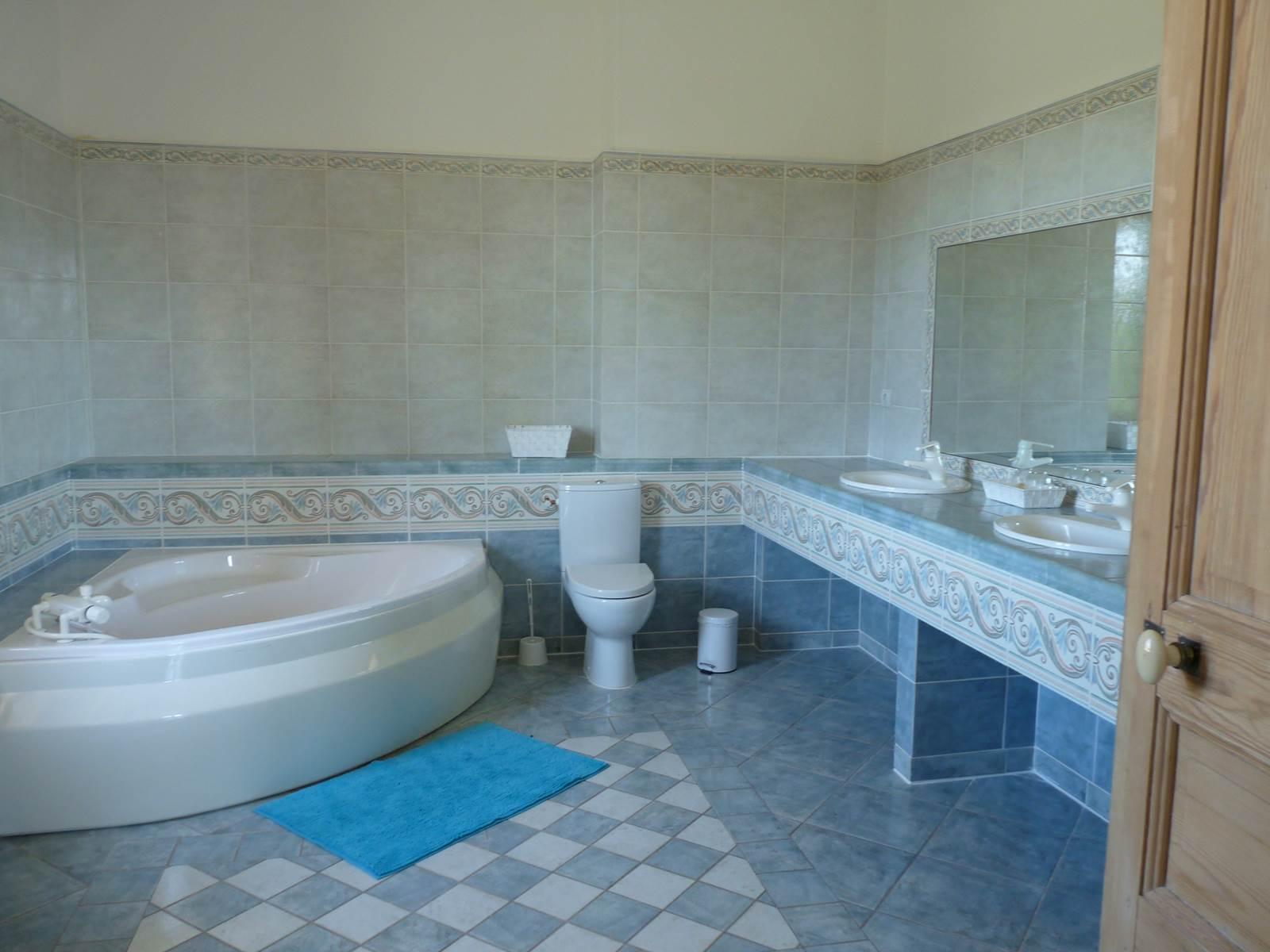 une partie de la salle e bain