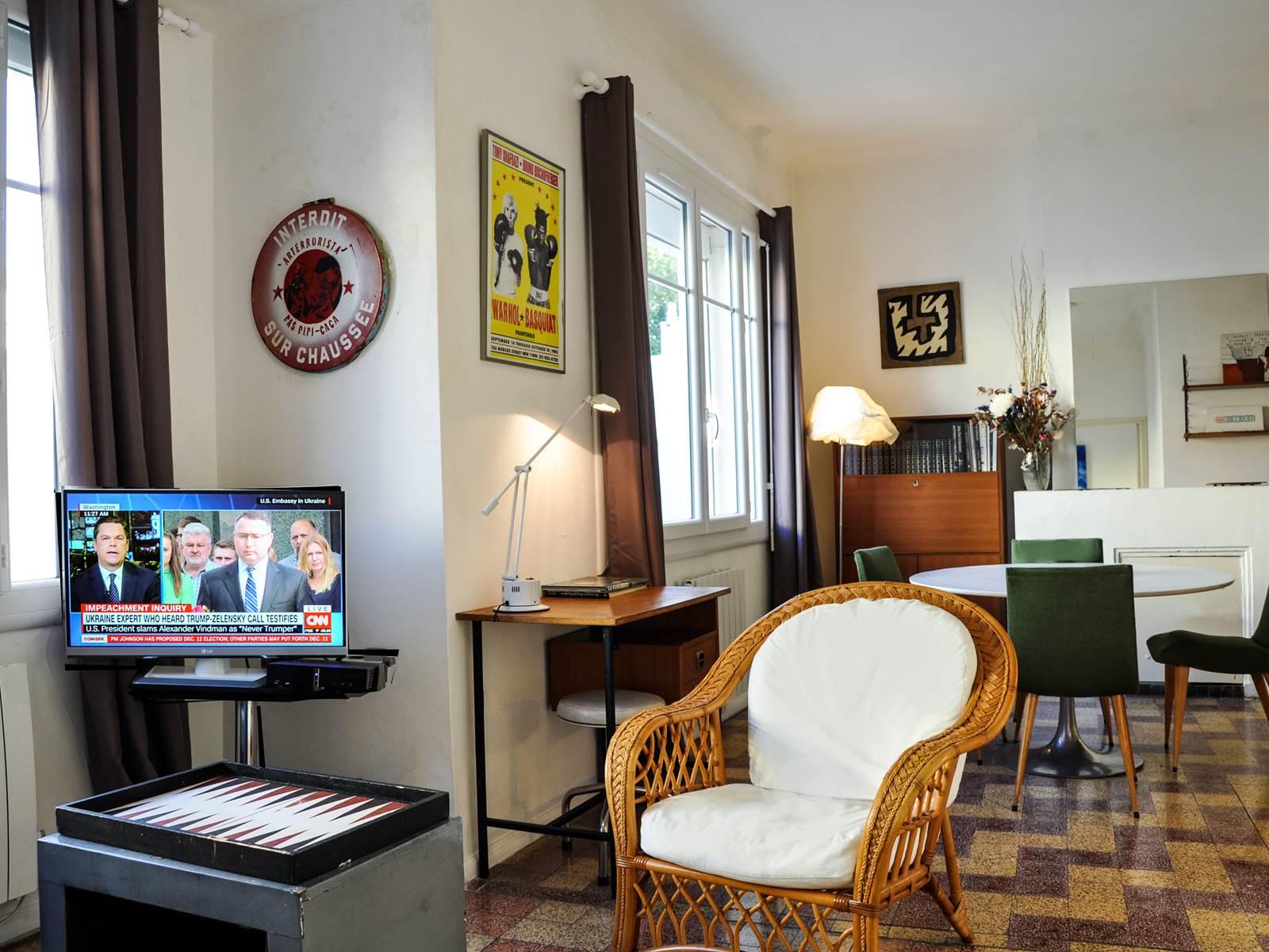 Chez Pepito  le coin salon  télévision