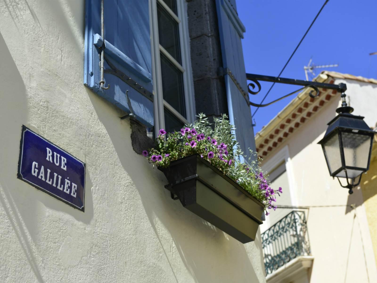 Rue Galilee 5