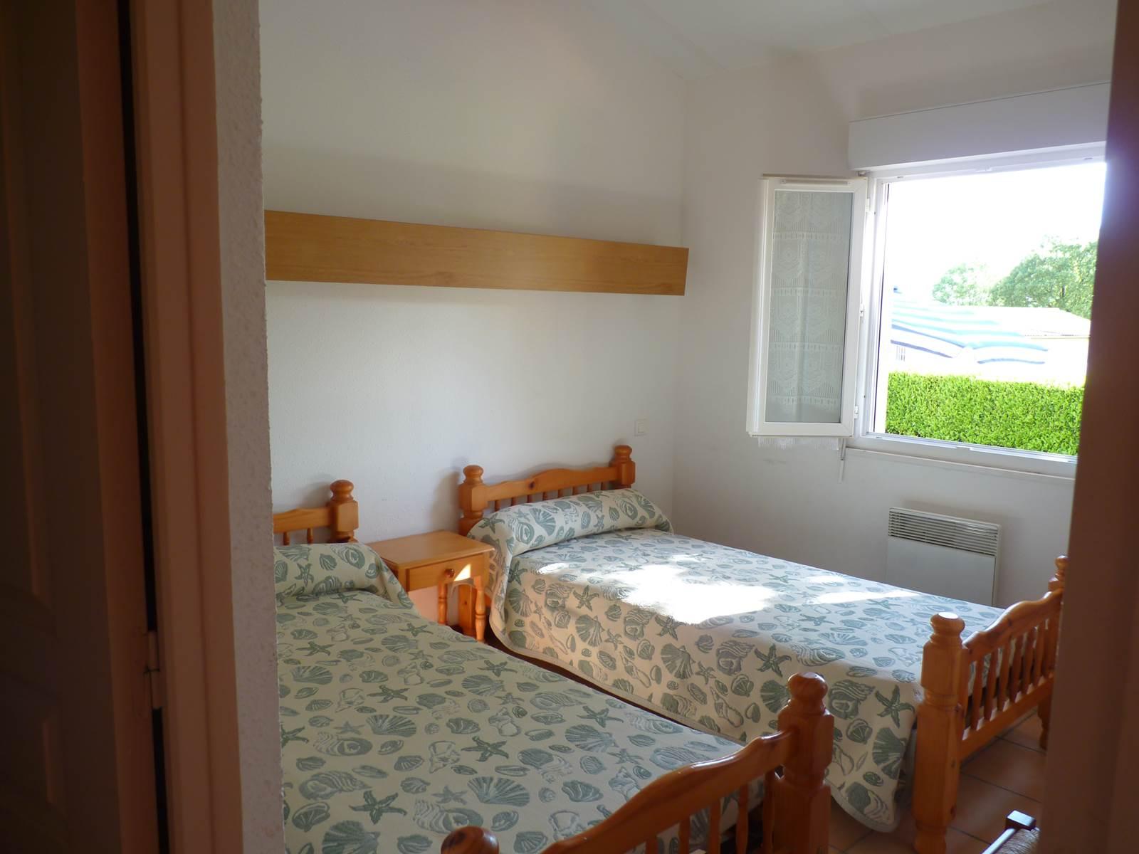 chambre_2_lits_simples_maison_55m2
