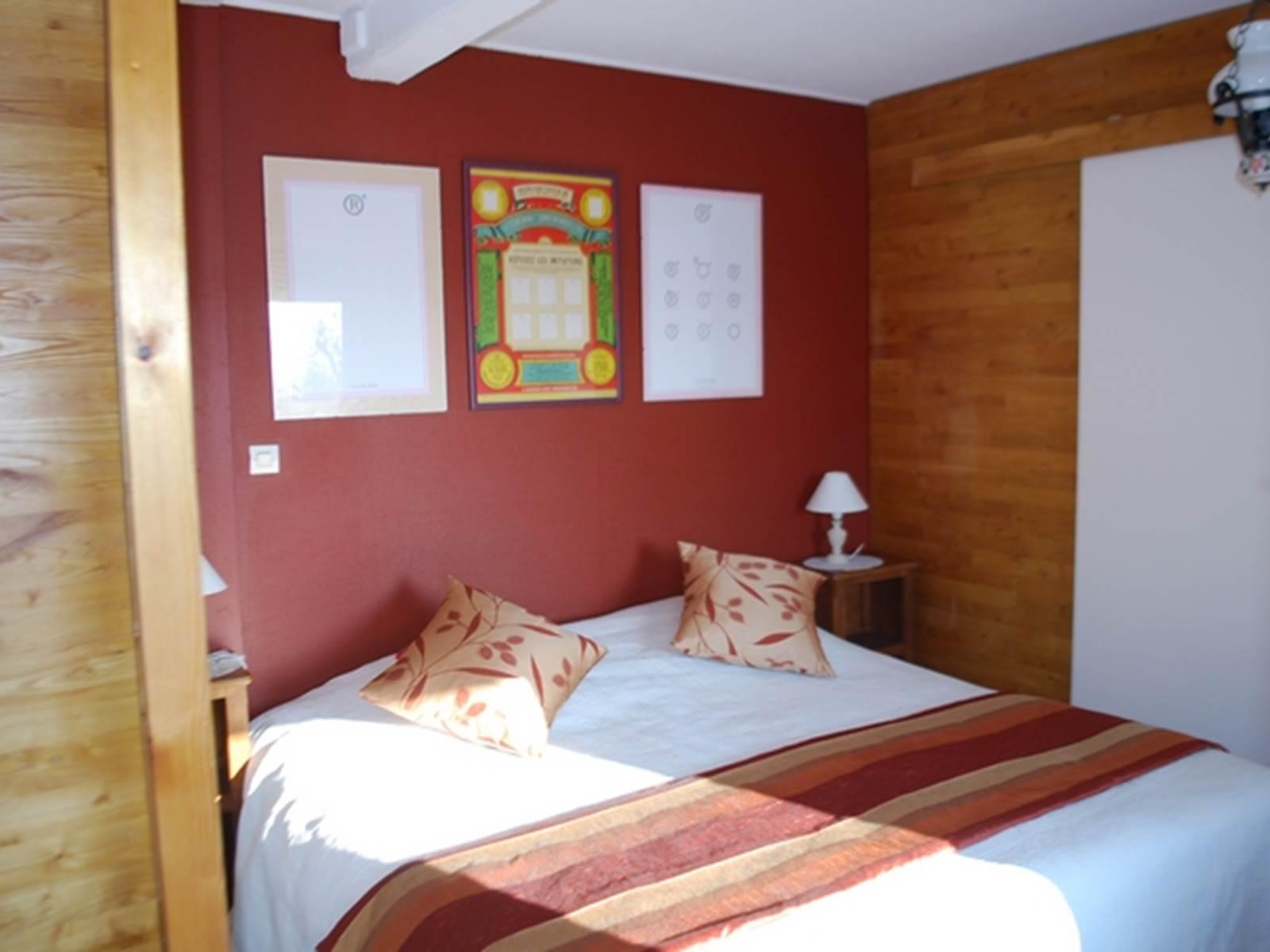 Chambre L'R de Rien lit de 1,80m x 2,00m, belle luminosité