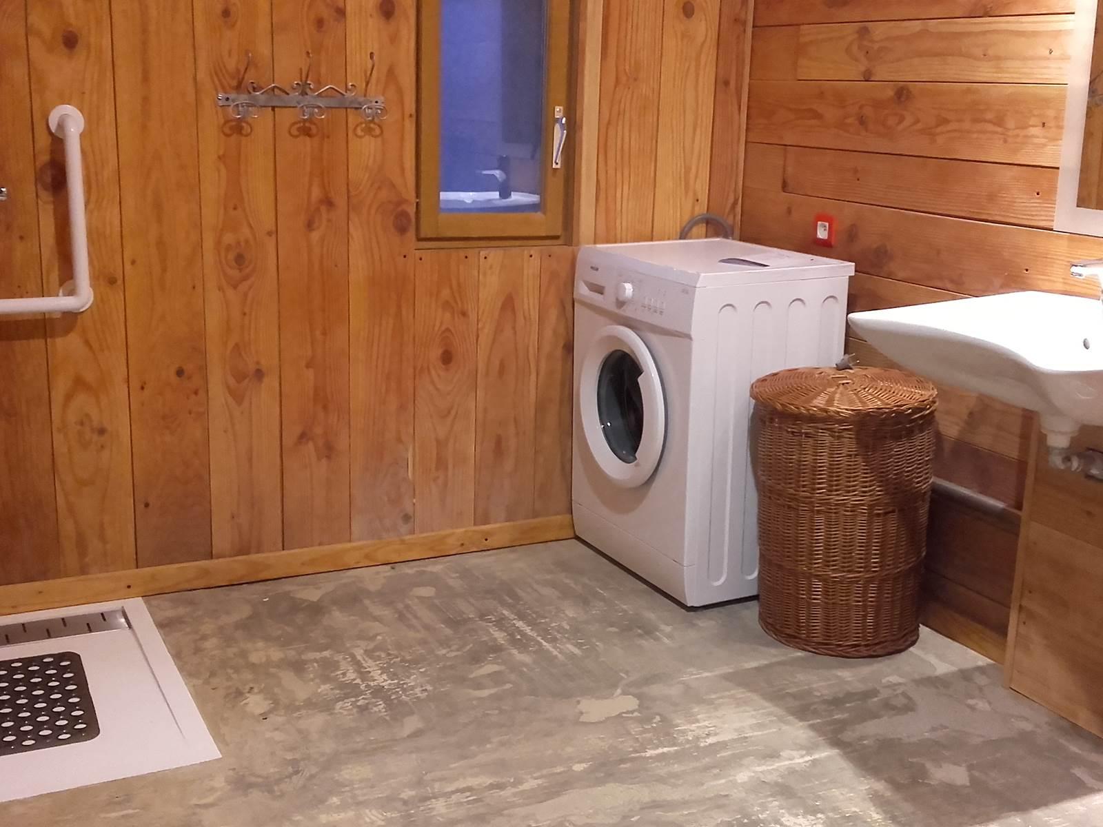 Salle d'eau accessible