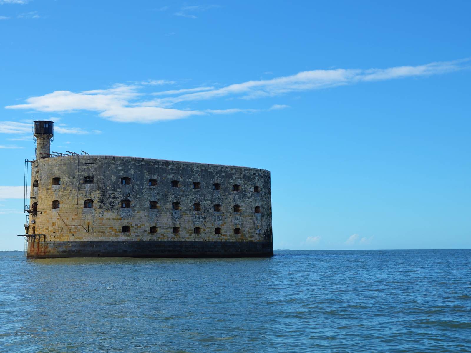 Naviguer à l'approche du Fort Boyard