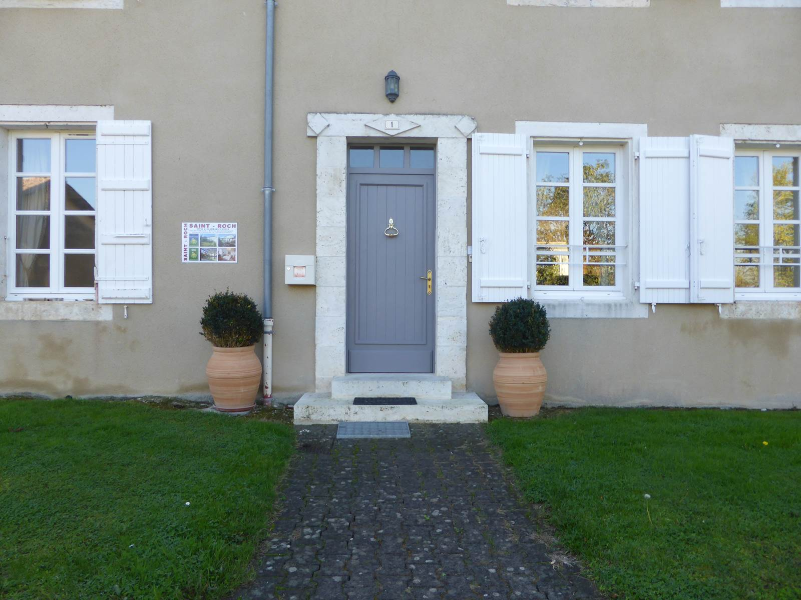 Saint Roch Chambres d'hôtes entrée accueil.jpg