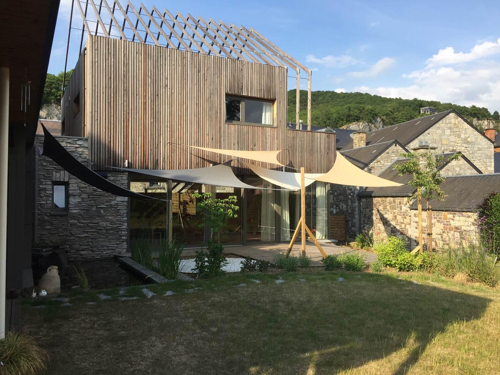 jardin et terrasse des chambres