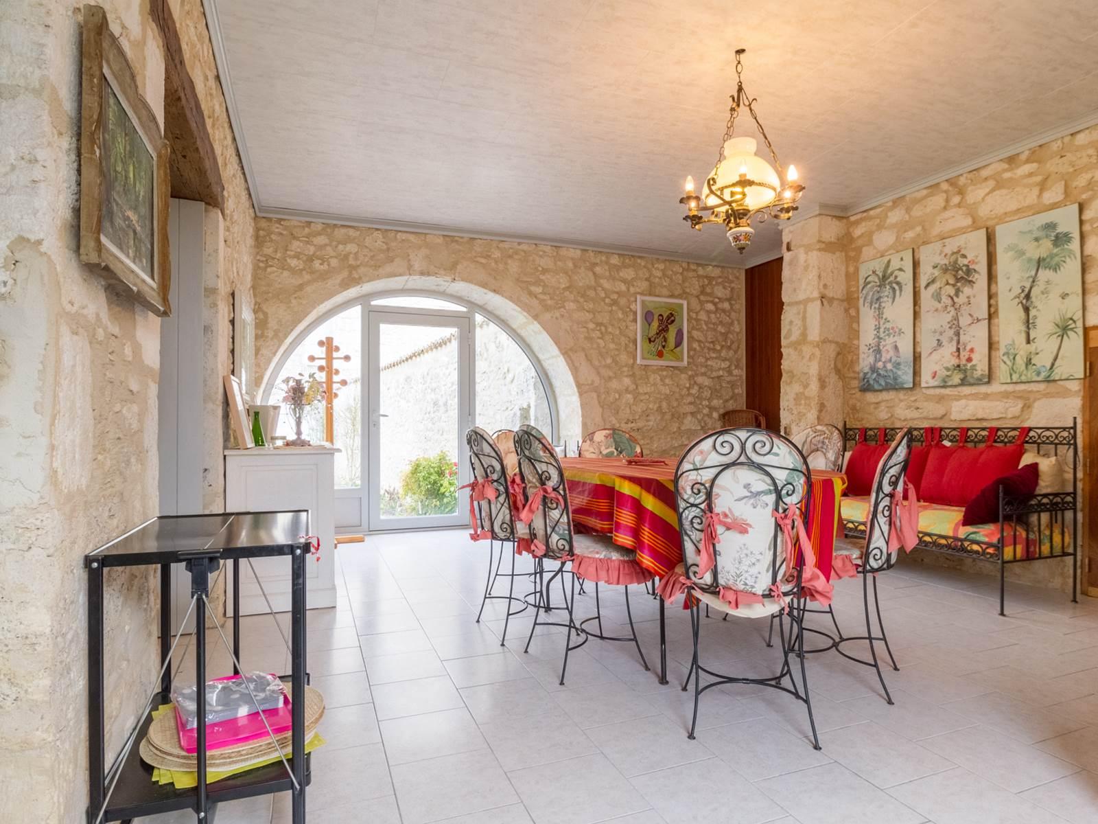Saint Roch chambres d'hôtes séjour à partager par les hôtes.jpg