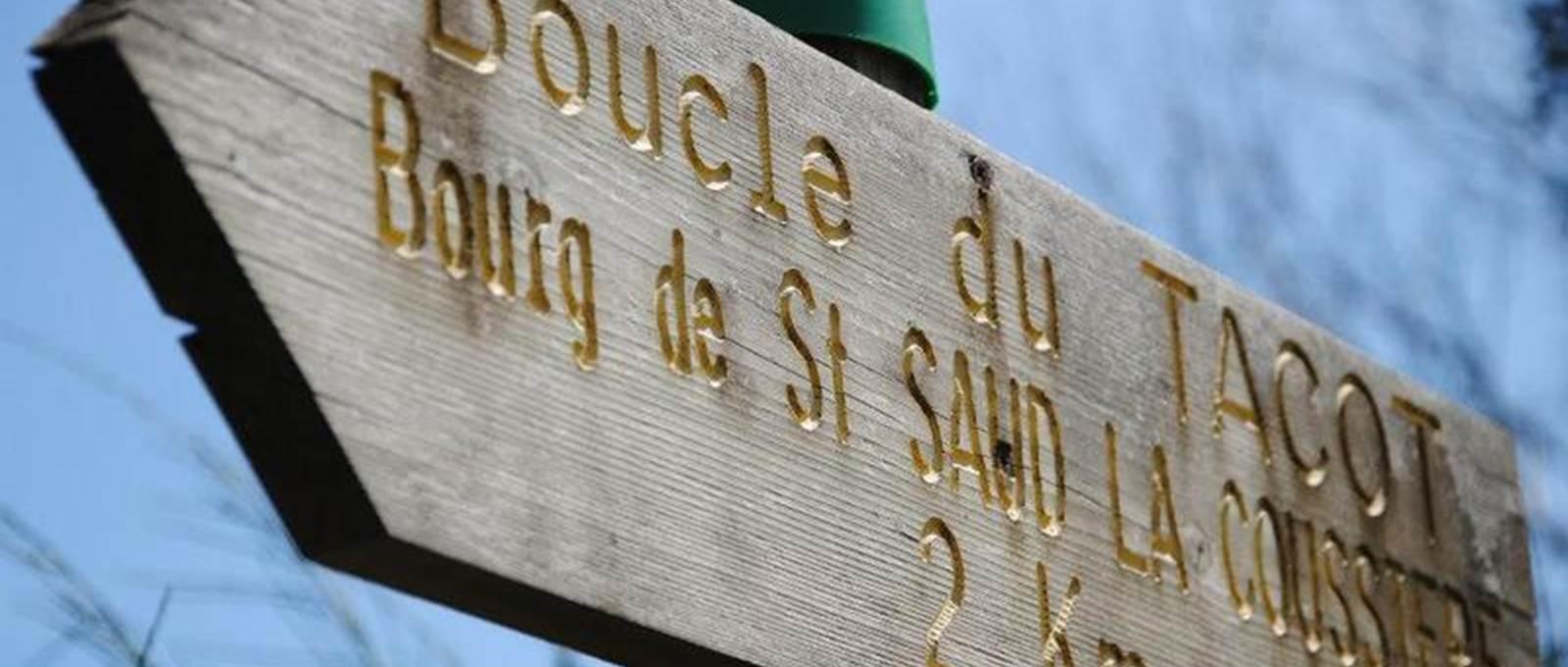Boucle du Tacot Saint Saud Le Sully en Perigord