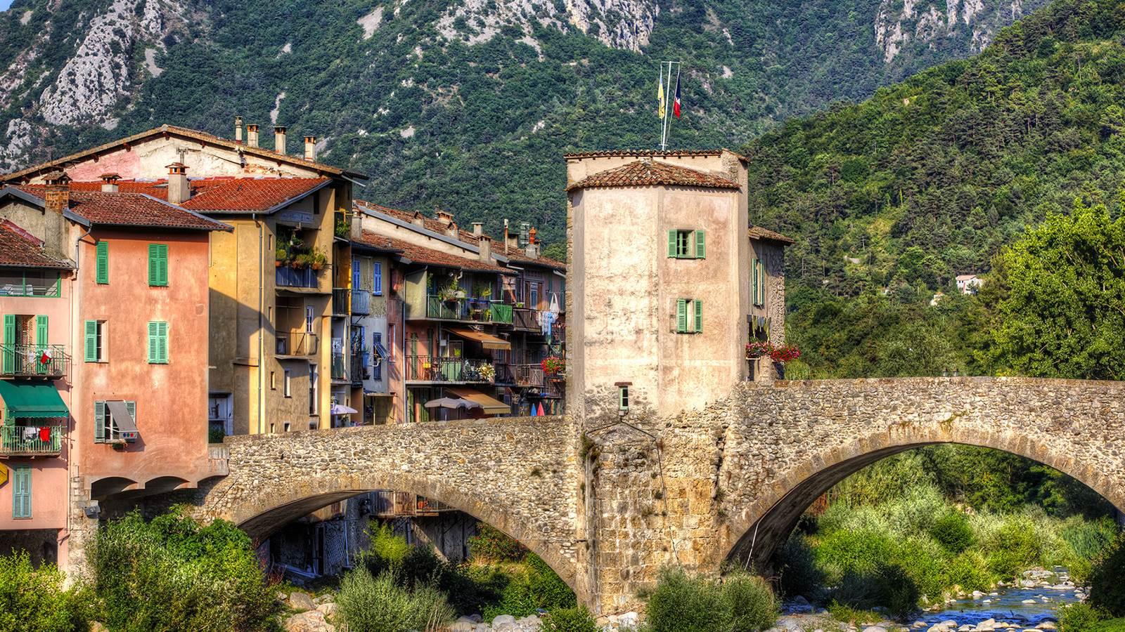 Sospel, village pittoresque aux portes du parc national du Mercantour et de la vallée des Merveilles