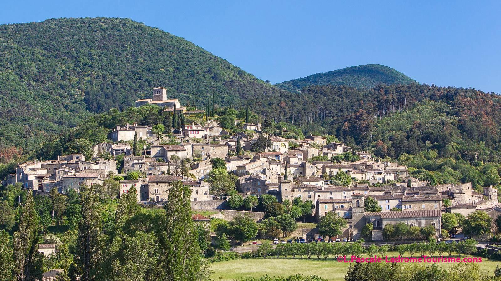 Mirmande, Cliousclat, Marsanne, villages perchés de la Drôme provençale