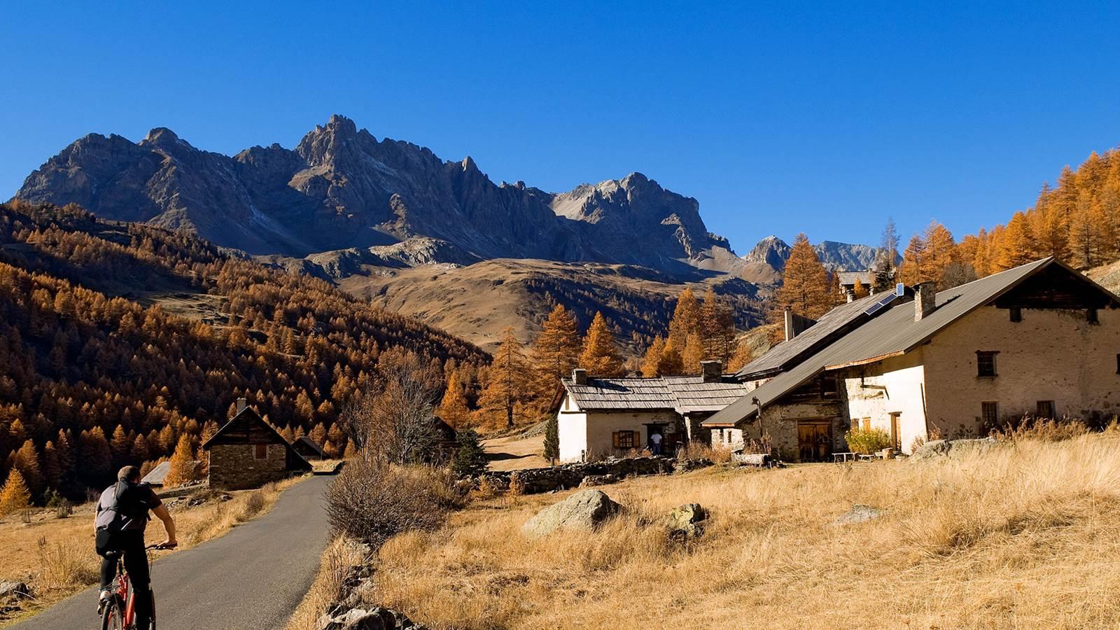 Névache, la vallée de la Clarée et la vallée Étroite
