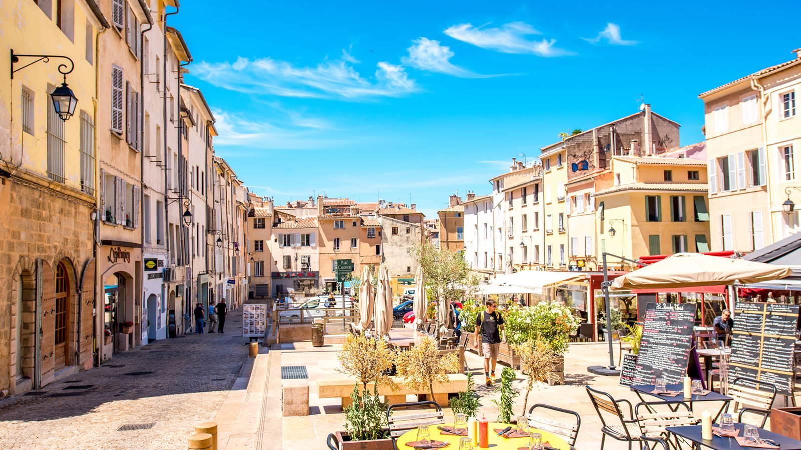 Aix-en-Provence et la montagne Sainte-Victoire