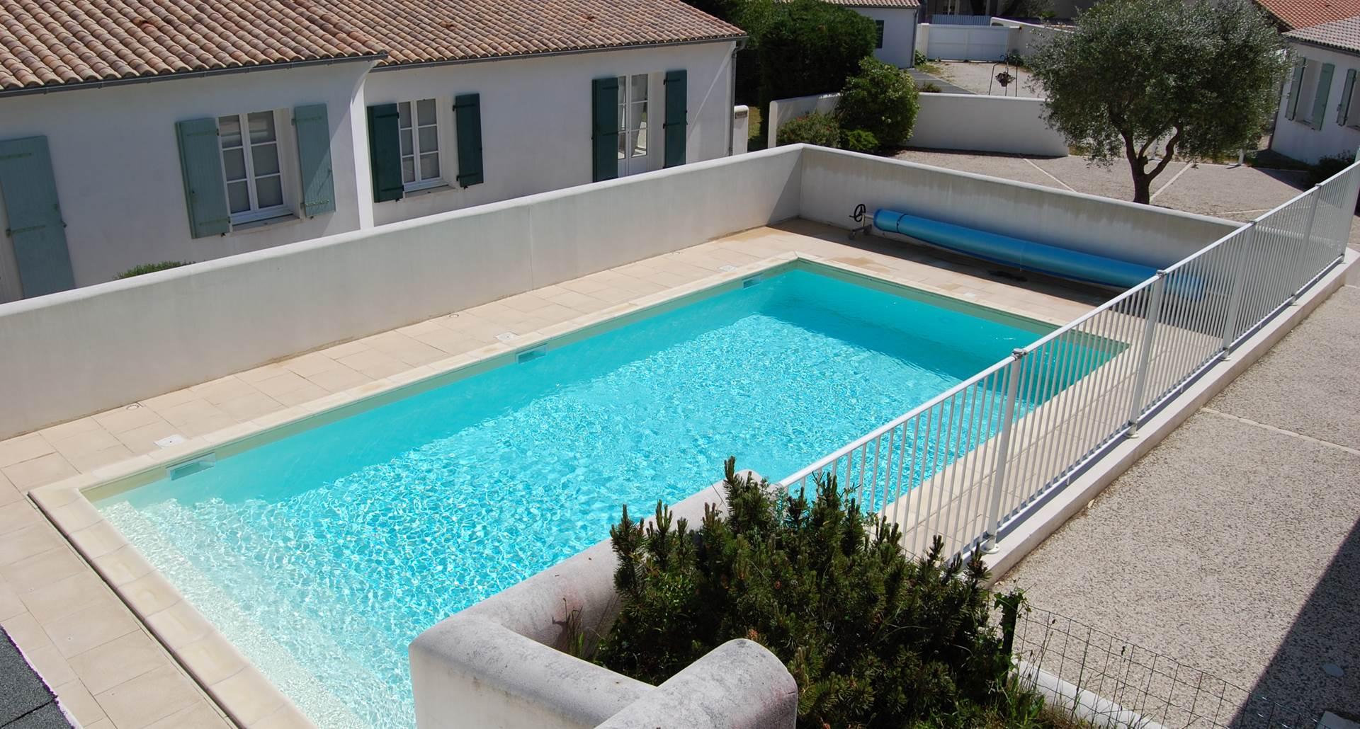 piscine 10m x 5m  chauffée