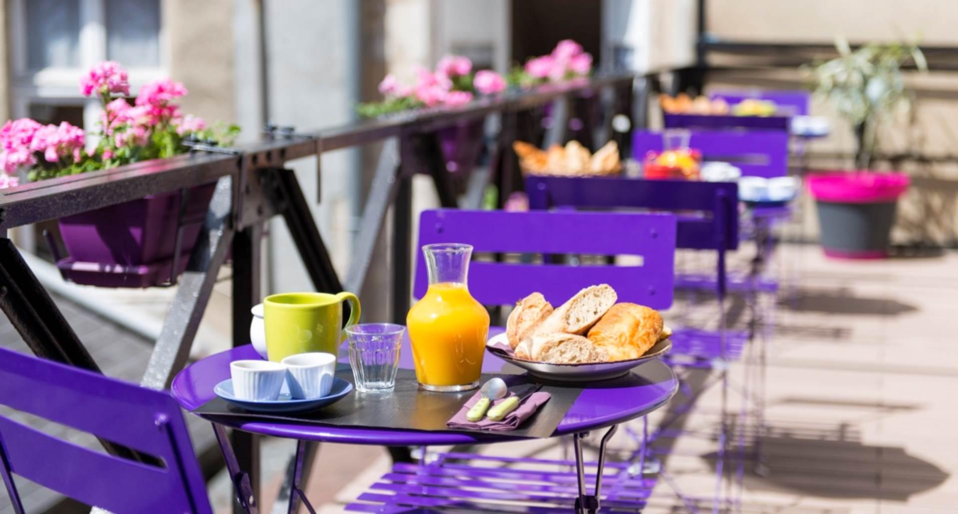 Petit déjeuners sur la terrasse