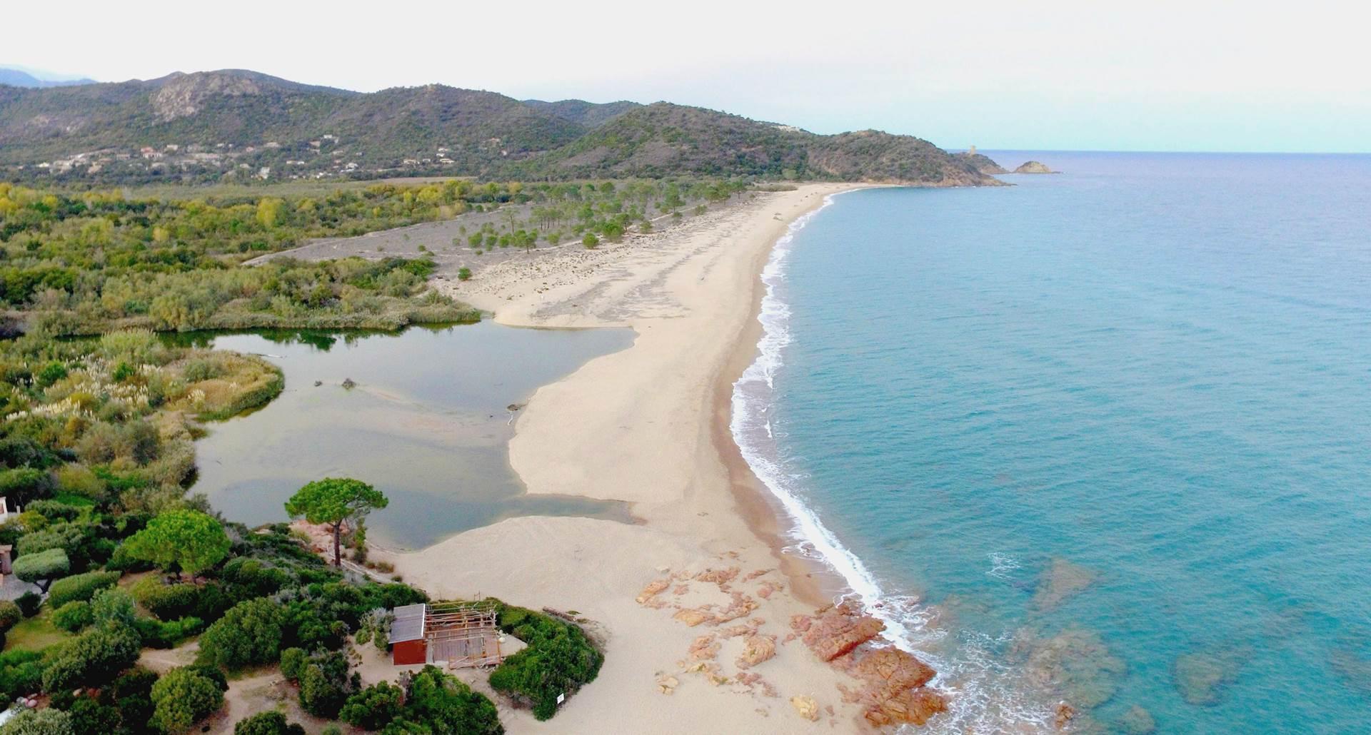 Vue aérienne plage de l'Ovu Santu à 400 m