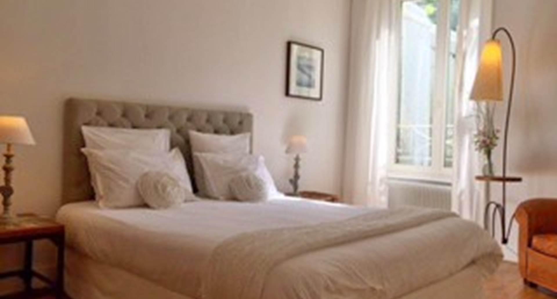 Chambre lit double Appartement