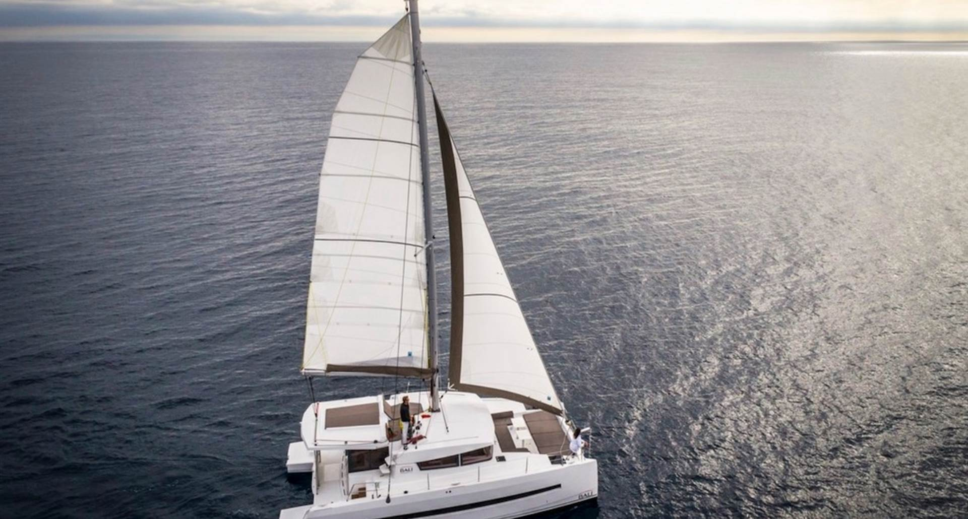 Catamaran Rina en mer