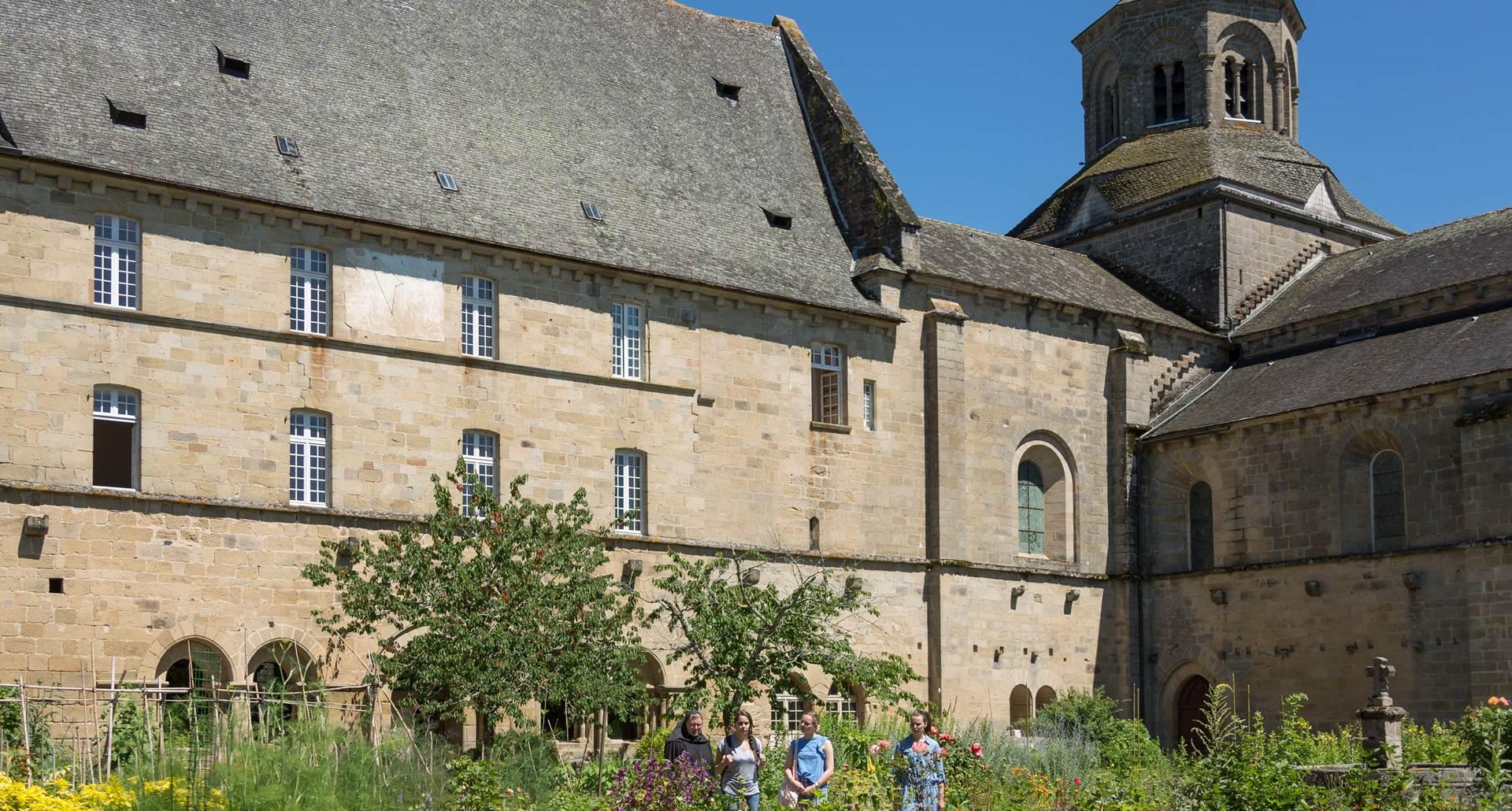 Aubazine-Abbaye MalikaTurin-0125-bd