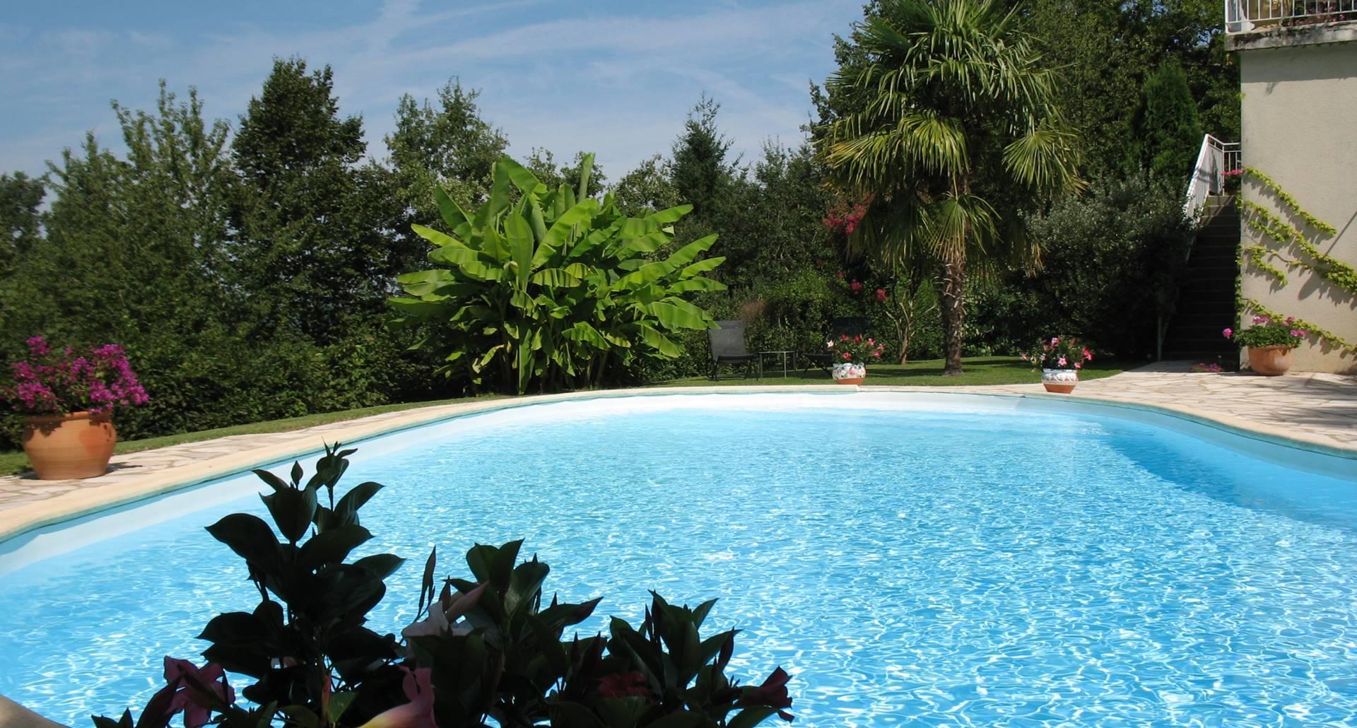 Villa Ric, détente, nature aux portes de saint-Céré