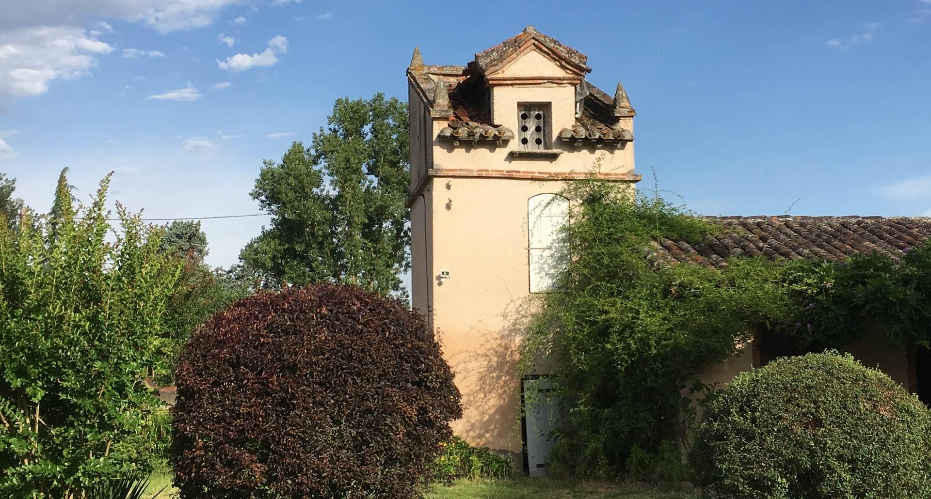 Le Pigeonnier à Montauban, annexe des chambres d'hôtes. Tarn et Garonne