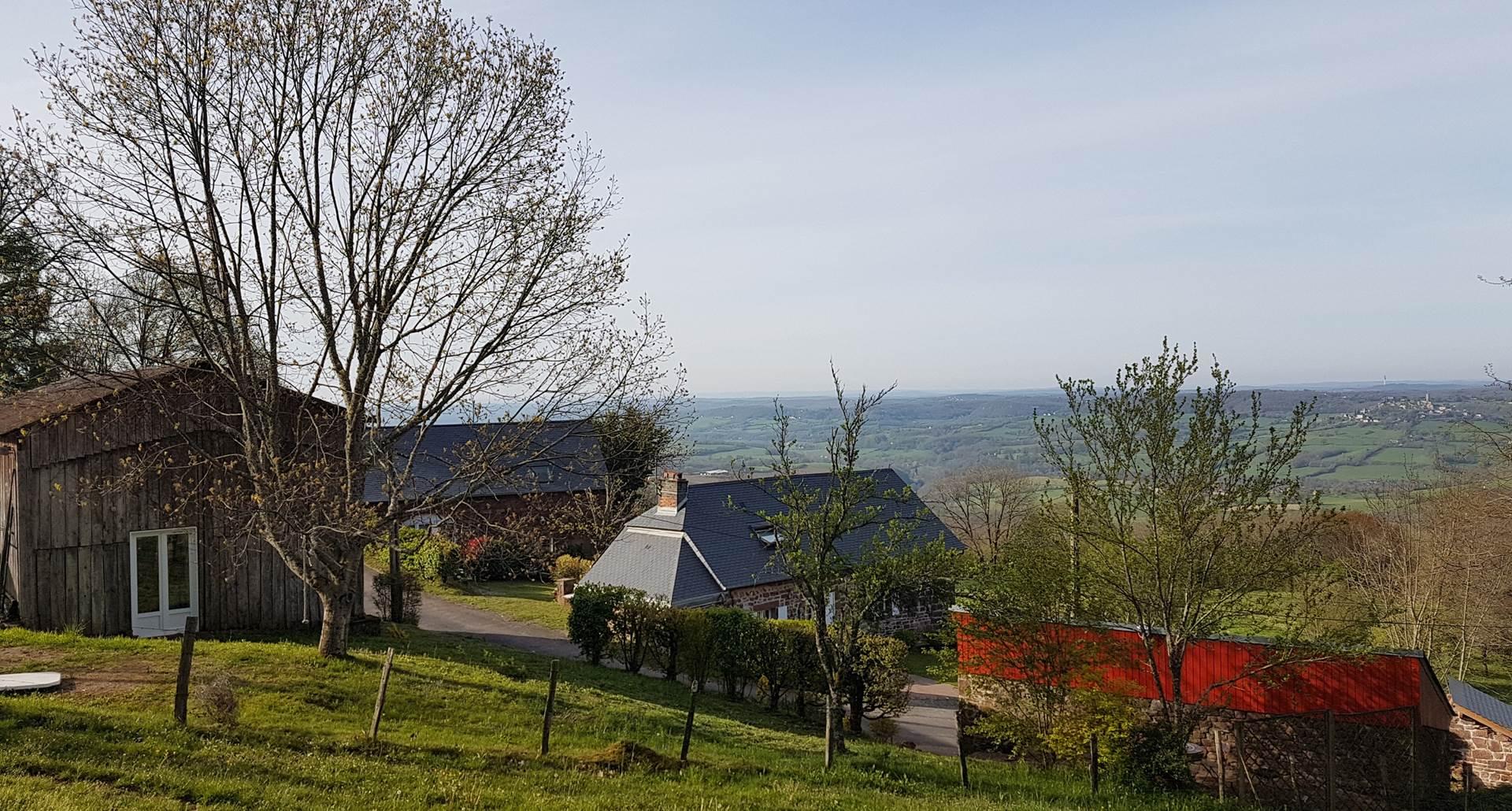 Vue générale avec vallée de Turenne