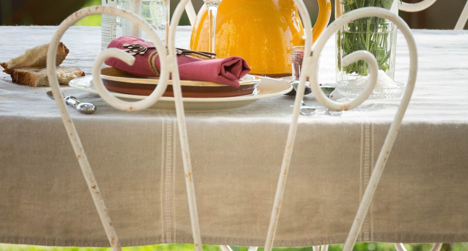grange rénovée comfortable avec jardin et vue sur les falaises