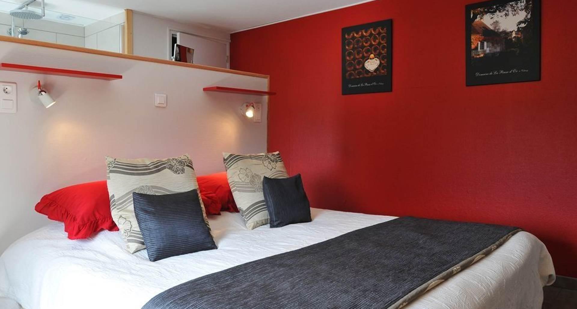 Chambre double  La Pousse d'Or lit de 1,80m x 2,00m