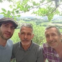 Vos hôtes Eitan, Stéphane et Gérard