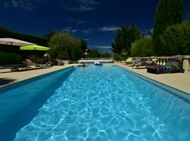 casadina-guesthouse-location-gite-piscine-sommieres