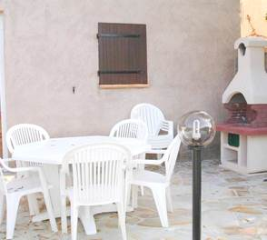 21-location-mini villa-corse-sud-terrasse2