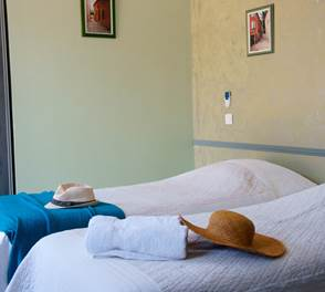 Chambre 105 Hotel Residence Les Peupliers Loriol du Comtat
