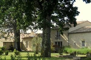 La Gravière - vue d'ensemble maison d'hôtes façade principale Header
