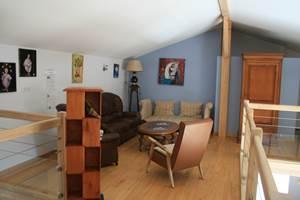 Le salon en mezzanine