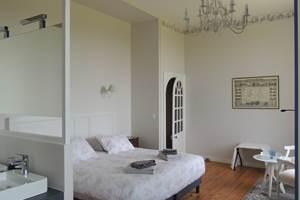 La chambre angevine, suite familiale
