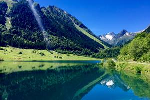 Lac du Tech Val d'Azun Pyrénées